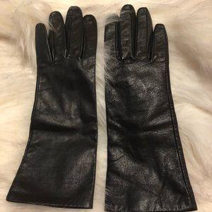 Accessories - Black Kid Leather gloves.